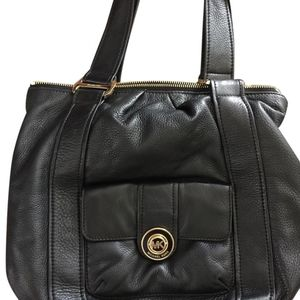 Michael Kors Pebble Leather Shoulder Bag/Purse